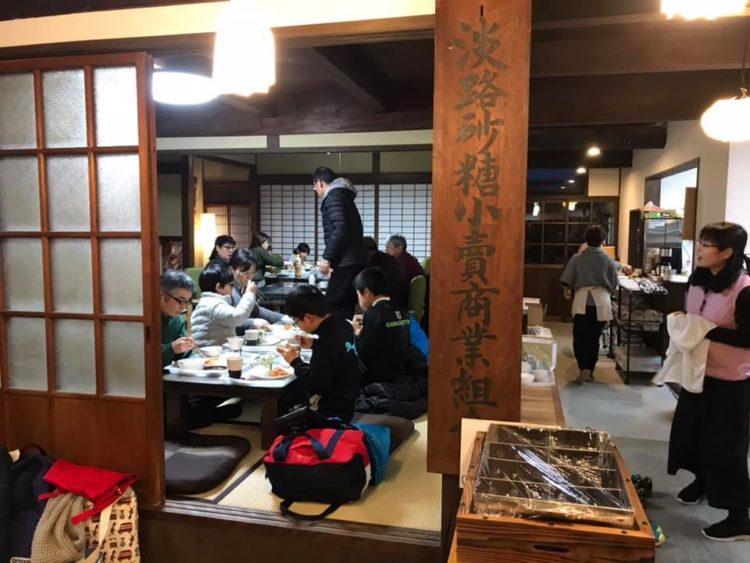 YORISOI米田家で「みんなでいっしょにごはん」